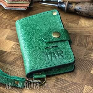 hand-made portfele mały skórzany portfel w kolorze zielonym, funkcjonalny ręcznie