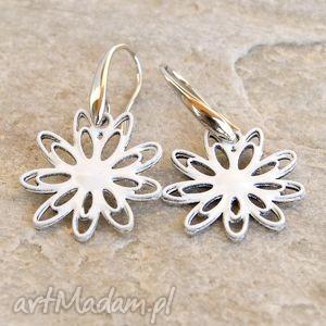handmade korale malowane kwiaty 01 a010