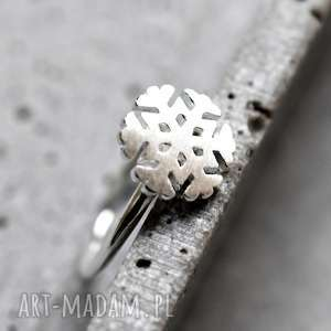 Prezent 925 Srebrny pierścionek płatek śniegu , śnieg, płatek, śnieżek, zima