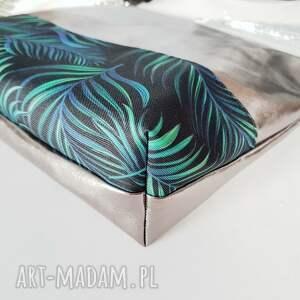 listonoszka w palmy - Hand-Made
