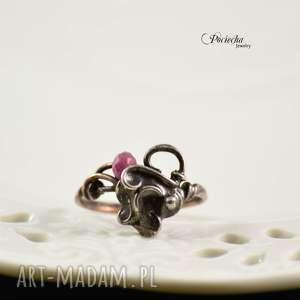 LACE - PIERŚCIONEK Z JADEITEM, pierścionek, miedź, cyna, metaloplastyka, retro