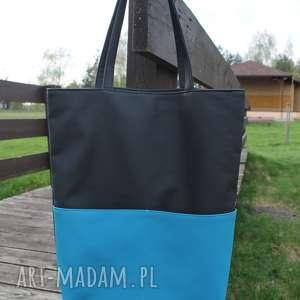 szoperka - czarna i dodatki niebieskie, pakowna, prezent, laptop, piknik, nowoczesna