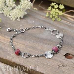 handmade delikatna srebrna bransoletka z rubinem
