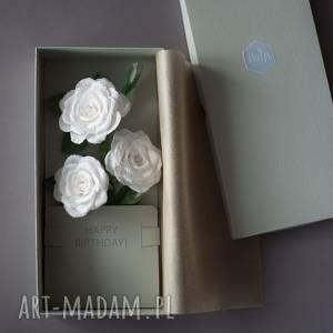święta, karteczki 3d urodzinowe, karteczki, róże, białe, urodzinowa, pocztówka