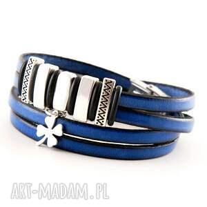 handmade skórzana bransoletka z koniczynką, niebieska