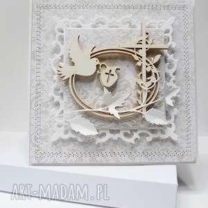 ręcznie zrobione scrapbooking kartki pamiątka chrztu - w pudełku