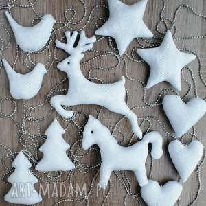 kuferek malucha srebrne dekoracje ozdoby bombki zawieszki świąteczne zestaw 11