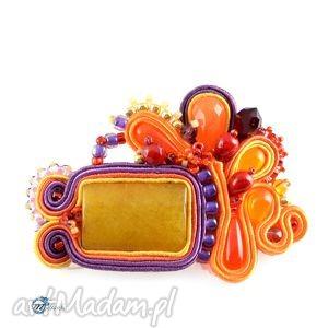broszka w awangardowych kolorach - broszka, przypinka, sutasz
