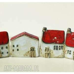 ceramika zagroda z czerwonymi dachami, ceramika, domek, zagroda, wieś
