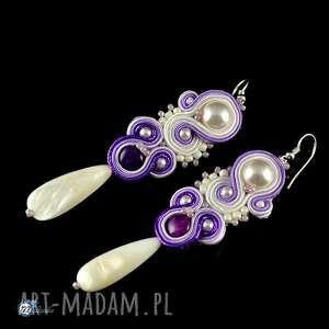 Fioletowo-białe kolczyki - sutasz - ,sutasz,ślub,soutache,kolczyki,
