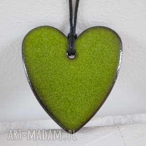 zielone serduszko wisiorek - ,ceramiczny,wisior,serce,limonkowe,na-prezent,