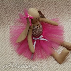 lalki baletnica beżowy kwiatuszek, królik, baletnica, zając, roczek, przytulanka