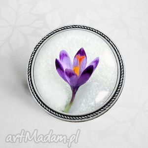Broszka :: KROKUS - KONIEC ZIMY ręcznie robiona oryginalna, kwiat, fiolet, wiosna