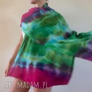 handmade szaliki wełniany szal w zieleniach i kapką czerwieni