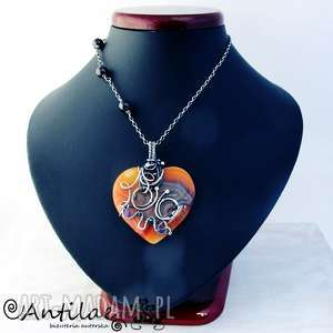 mariposa - agat, granat, wire wrapping - serce, motyl, naszyjnik, wirewrapping