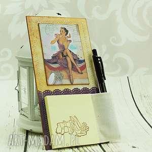 notes na lodówkę- perfekcyjna pani domu - pin, up, girl, magnes, notatnik, kuchnia