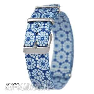pasek do zegarka - nato, nylonowy, niebieski w kwiaty, pasek, zegarek, nato