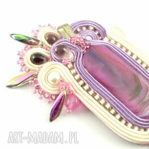 Kremowo-różowy wisior z oryginalnym okazem agatu - handmade