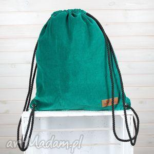 ręcznie wykonane zielony welurowy plecak worek