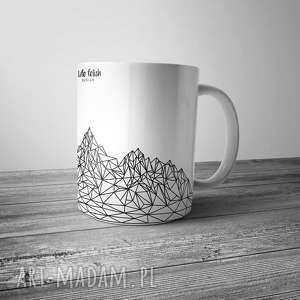 Kubek z górami, góry, linie, grafika, design, kubek, kuchnia