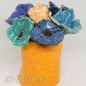 ceramika piękny wyjątkowy komplet kwiaty ceramiczne i wazon handmade rekodzieło