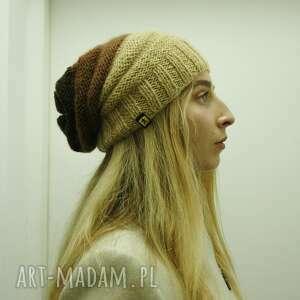 ręcznie robione czapki czapka dżdżownica - w beżo-brązach