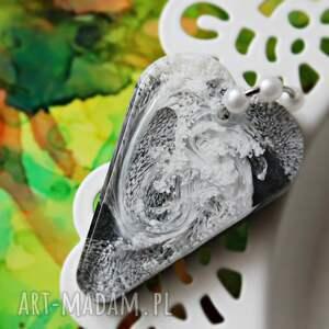 handmade naszyjniki szaro czarno białe serce