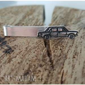 srebrna spinka do krawata z fiat 125, duży fiat, srebro