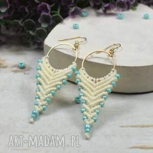 kameleon delikatne, kremowe kolczyki z akcentem błękitu - idealne na lato