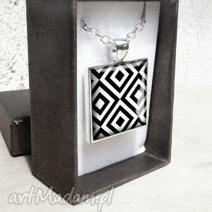 CZARNO -BIAŁY elegancki naszyjnik, nowoczesny, kwadrat, new, długi, modern, srebrny