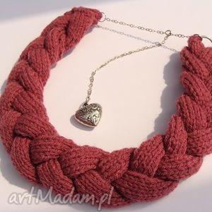 naszyjniki ciemno-różowy naszyjnik z wełny w kształcie warokcza, wełna, włóczka