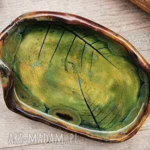 ceramika ceramiczny talerzyk, paproć c209, paproć, podstawka, biała szałwia