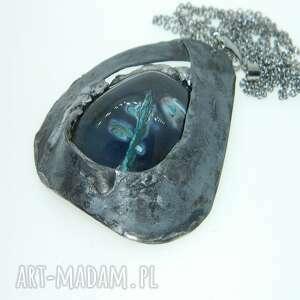 wisior z agatem w otoczeniu blachy -n105, wisior, naszyjnik, unikatowa biżuteria
