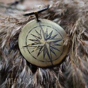 Wisior z trawionego mosiądzu - Róża Wiatrów [041], róża, wiatrów, kompas, busola