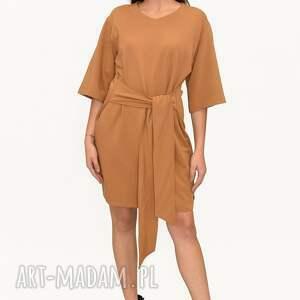 sukienka bogini karmel, sukienka, bluzki, płaszcz, spodnie, kurtka, komplet, pod