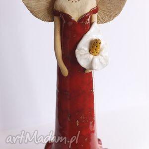 Dama z lilią, anioł, ceramika