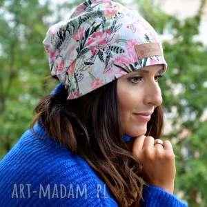 kolorowa czapka w kwiaty energetyczna beanie, czapka, prezent