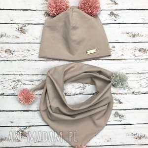 Komplet czapka i szalik chusta z pomponami, chustka