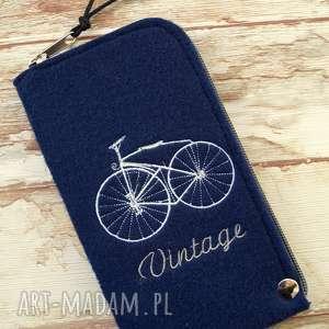 Prezent Filcowe etui na telefon - vintage bike, smartfon, retro, rower, gwiazdy