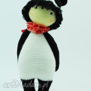 handmade lalki szydełkowa lalka panda jak lallylala