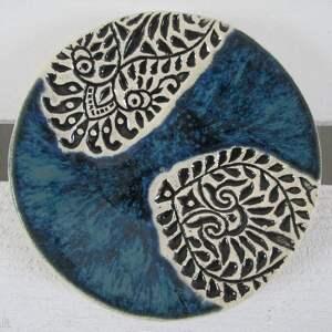 ceramika granatowy z etno wzorami, etniczny, talerzyk, na fusy, fusetka, podstawka