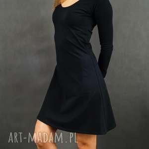 Czarna sukienka dresowa classic lil'yo sukienki lil yo odziez
