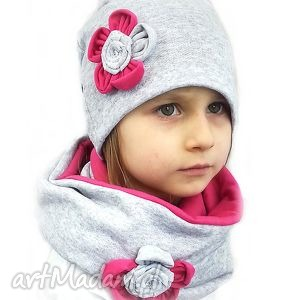 ręcznie zrobione czapki komplet dla dziewczynki