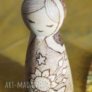 aksinicoffeepainting słonecznikowa panna - ręcznie wypalana - unikatowa