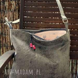 torba hobo na ramię, torebka, hobo, codzienna, skóra ekologiczna, serca, prezent