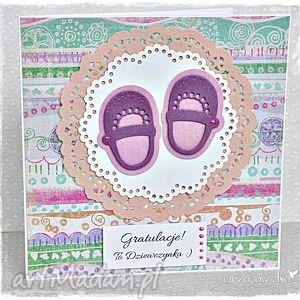 Gratulacje z okazji narodzin- buciki, kartka, dziecko, narodziny, dziewzynka