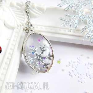 pomysł na prezent pod choinkę Mały zimowy wisiorek, prezent, śnieżynka