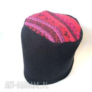 czapka wełna granatowa z amarantem boho, wełna, czapka, etno, amarant, miękka