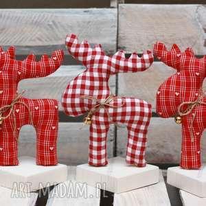 pomysł na świąteczny upominek RENIFER z materiału dzwoneczkiem stojący, renifer