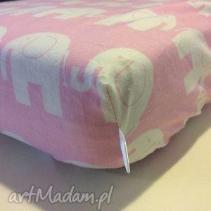 ręczne wykonanie dla dziecka prześcieradło z gumką różowe w słonie